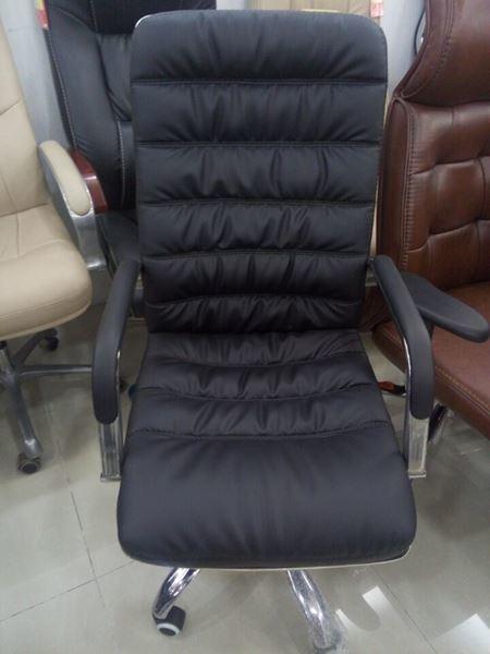 صورة لكرسي دوار  ظهر طويل جلد 042-0142  اسود